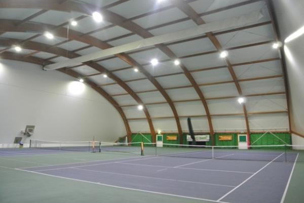 tennis-courtC28E3242-F33E-C187-AAF7-3D3F03C72C43.jpg